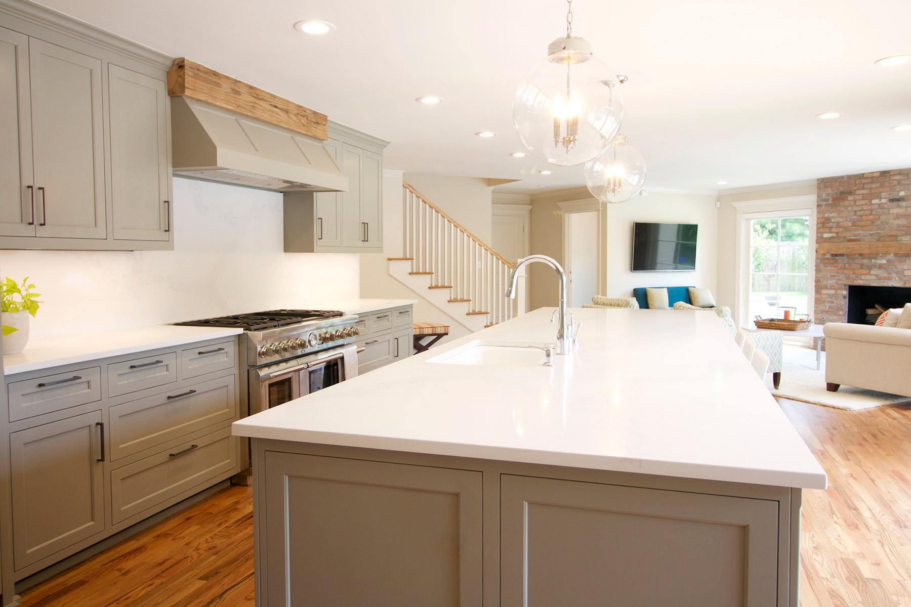 Midtown tulsa home renovation home innovations for Kitchen cabinets tulsa